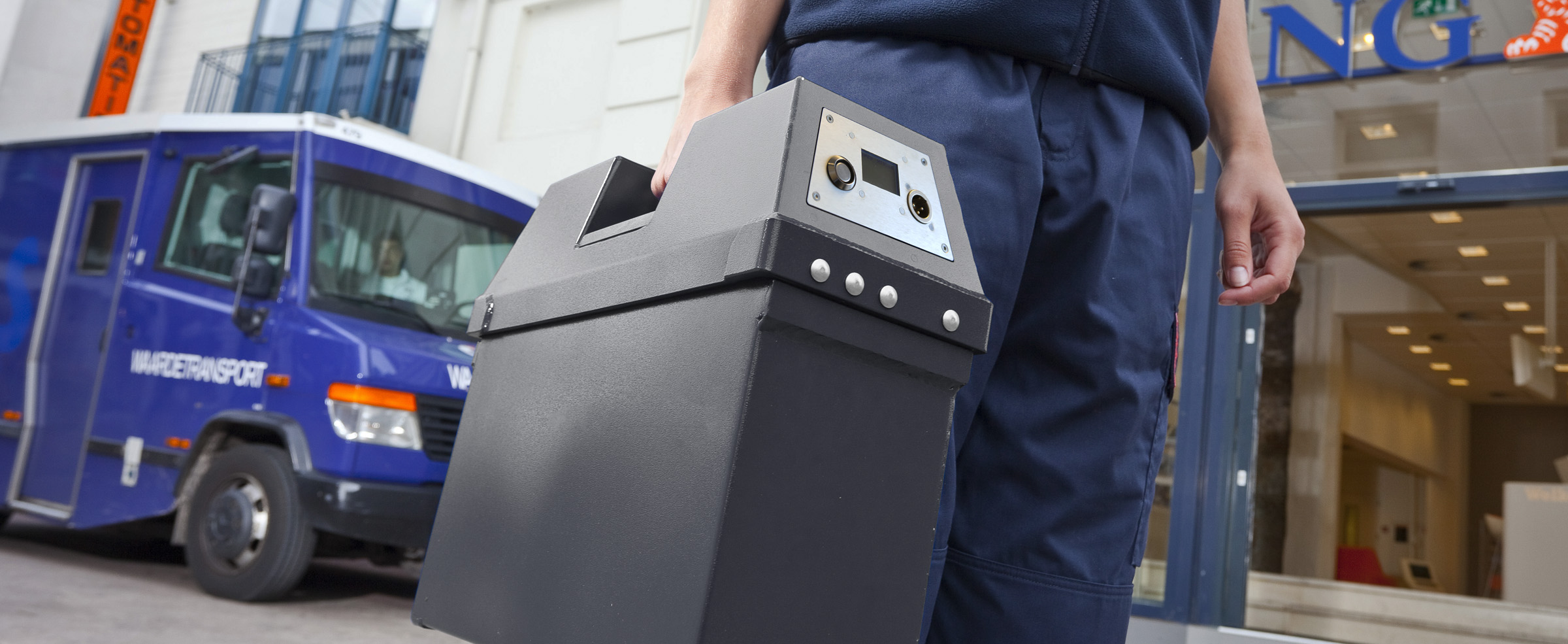 Bezoek de MactwinBox Cash Security pagina